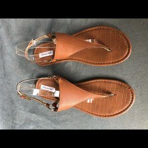 Tan thong sandals with backstrap